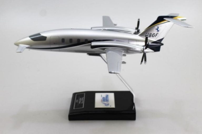 Ordering Custom Airplane Models Is Expensive Always Better