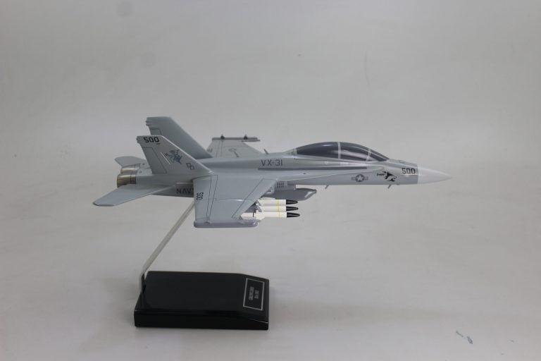 F18 fighter jet