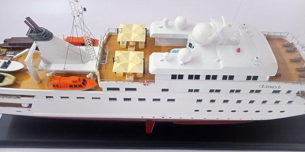 Lauren L yacht model 3