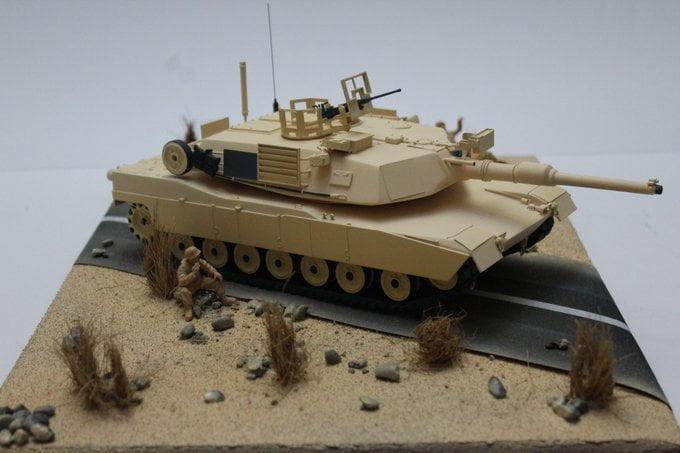 M1 Abrams Custom Tank Model 1